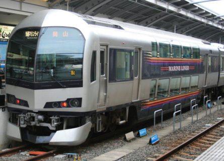 高松駅は、香川県高松市浜ノ町にある、JR四国・JR貨物の駅。