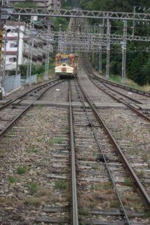 生駒鋼索線は、奈良県生駒市の近鉄のケーブルカー。