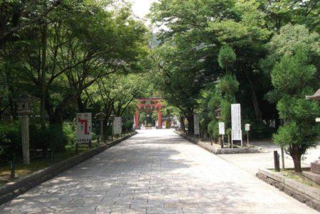 松尾大社は、京都府京都市西京区嵐山宮町にある神社。