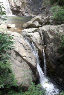 布引の滝は、神戸市中央区を流れる布引渓流(名水百選)にある4つの滝の総称。