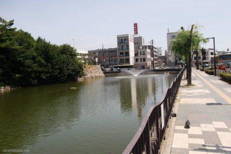 明石駅は、兵庫県明石市大明石町一丁目にある、JR西日本の駅。