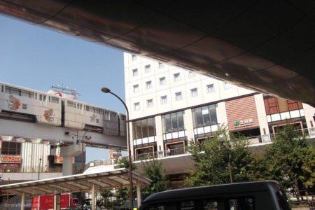立川駅は、東京都立川市曙町二丁目にある、JR東日本の駅。