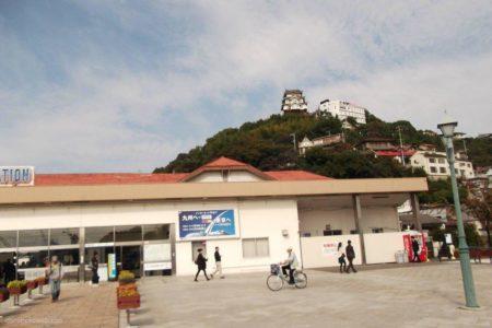 尾道駅は、広島県尾道市東御所町にある、JR西日本の駅。