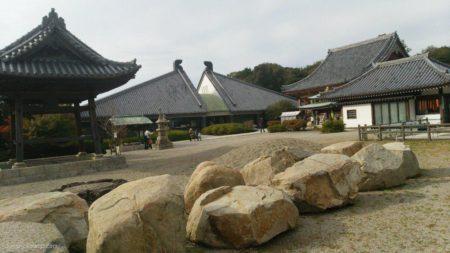 屋島駅は、香川県高松市高松町にある、JR四国の駅。