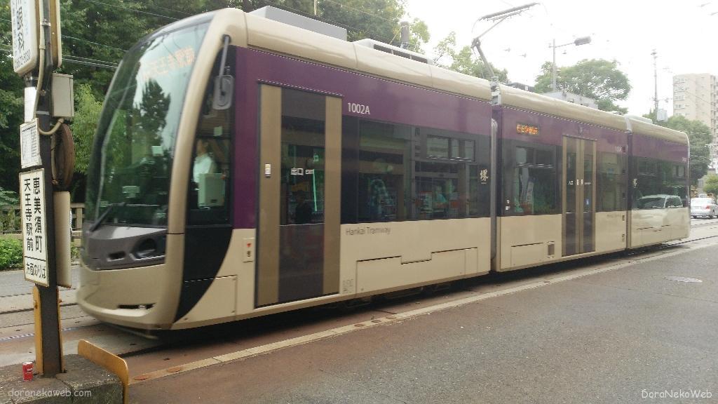 阪堺電気軌道1001形電車は、2013年から営業運転が開始された路面電車車両。