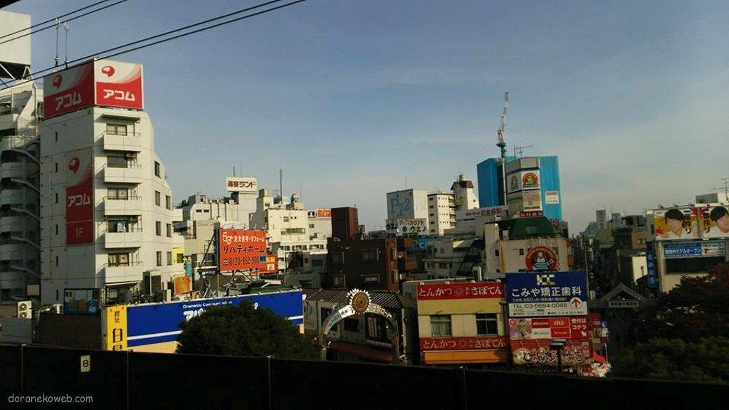 小岩駅は、東京都江戸川区南小岩七丁目にある、JR東日本の駅。