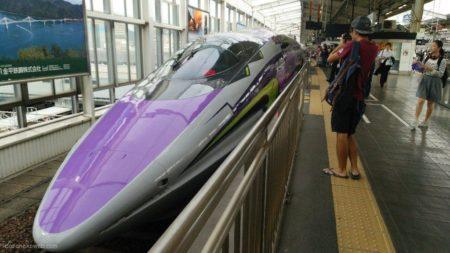 またまた乗車の、新幹線エヴァンゲリオン500 Type EVA。