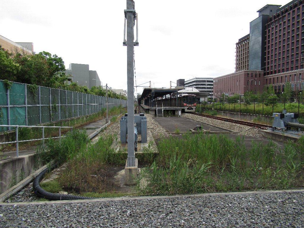 桜島駅は、大阪府大阪市此花区桜島一丁目にある、西日本旅客鉄道(JR西日本)桜島線(JRゆめ咲線)の駅。
