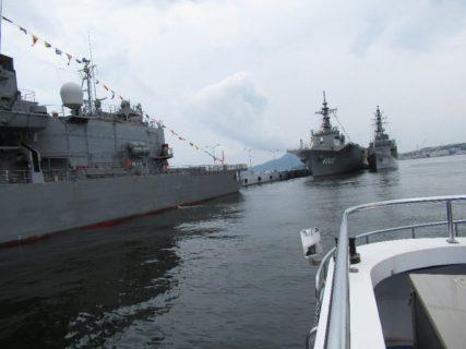 本日の目的は、呉湾艦船めぐり。