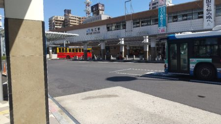 松江駅は、島根県松江市朝日町にある、JR西日本の駅。