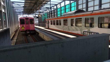 電鉄出雲市駅は、島根県出雲市駅北町にある、一畑電車北松江線の駅。
