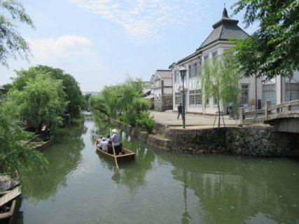 倉敷美観地区は、岡山県倉敷市にある町並保存地区・観光地区。