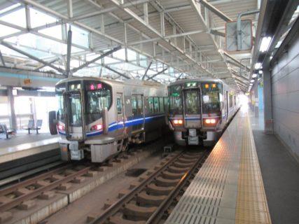 米原に向けて、福井駅を出発いたします。