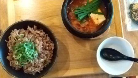 カルビ丼&スンドゥブ、トマト冷麺&ビビンバ、でした。