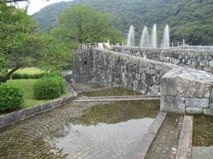 吉香公園は、山口県岩国市横山地区にある都市公園。