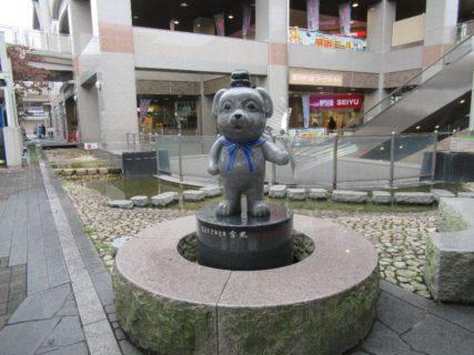 新王寺駅は、奈良県北葛城郡王寺町久度にある近鉄田原本線の駅。