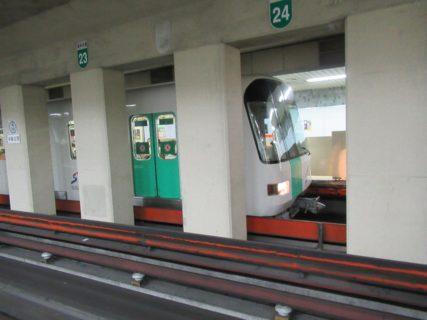 南北線は、麻生駅から真駒内駅までを結ぶ札幌市営地下鉄の路線。