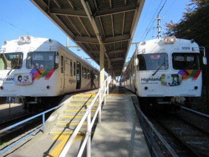 上高地線は、松本駅から新島々駅までを結ぶアルピコ交通の鉄道路線。
