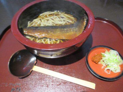 長野でも食べる、戸隠にしんそばでございます。