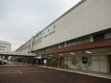 鳥取駅北口の広場周辺でございます。