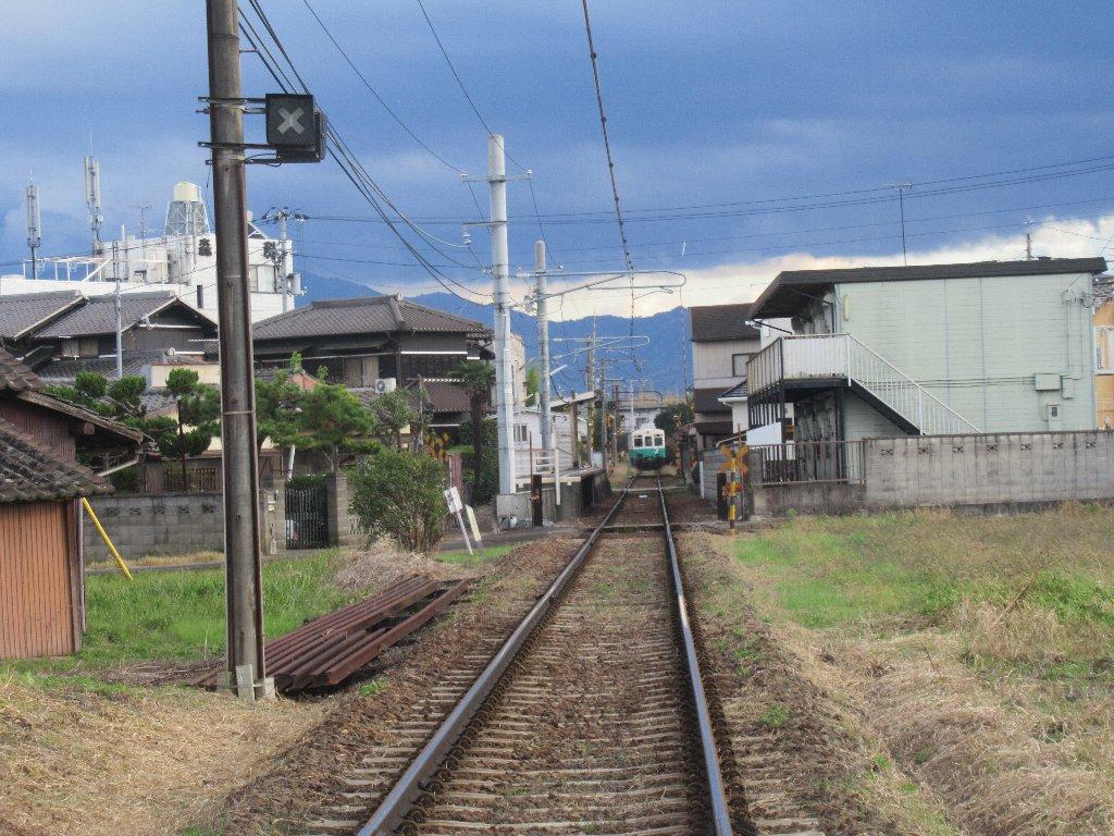 池戸駅は、香川県木田郡三木町大字池戸にある高松琴平電気鉄道長尾線の駅。