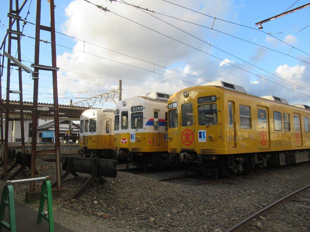 仏生山駅は、香川県高松市仏生山町にある、高松琴平電気鉄道琴平線の駅。