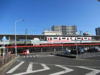 中津駅は、大分県中津市大字島田にある、JR九州日豊本線の駅。