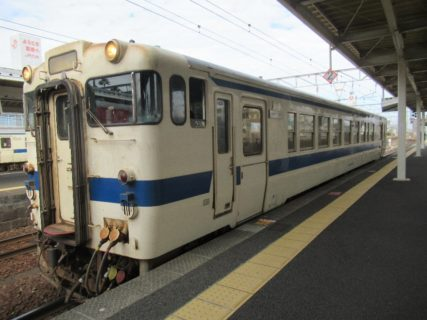 南宮崎駅から快速「日南マリーン号」に乗車です。