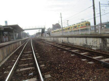 和白駅は、福岡市東区和白三丁目にある、JR九州・西鉄の駅。