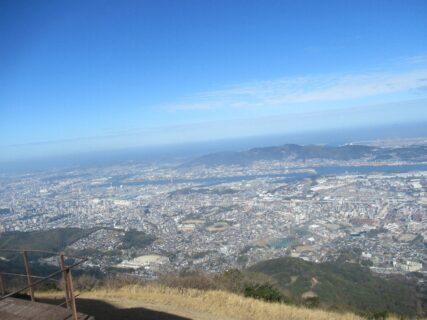 皿倉山は、北九州市八幡東区にある標高622mの山である。