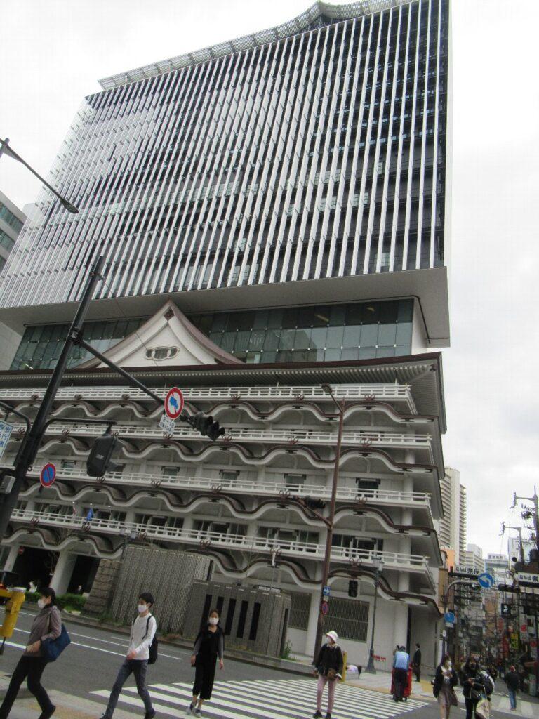 初代新歌舞伎座跡地に建った、ホテルロイヤルクラシック大阪。