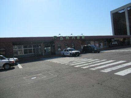 五所川原駅は、青森県五所川原市字大町にある、JR東日本五能線の駅。