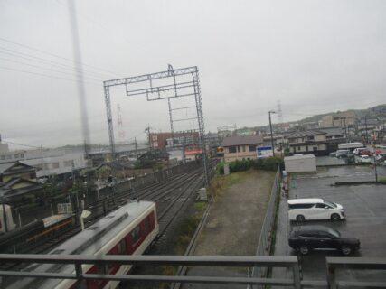 新祝園駅は、京都府相楽郡精華町大字祝園小字長塚にある、近鉄京都線の駅。