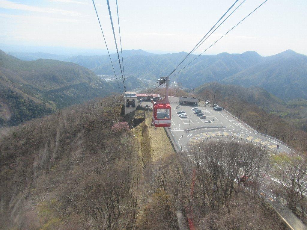 明智平ロープウエイは、栃木県日光市にある索道である。