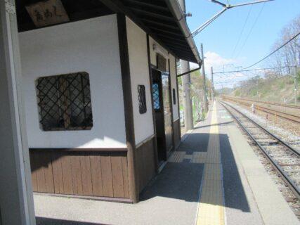乙女駅は、長野県小諸市甲にある、JR東日本小海線の駅。