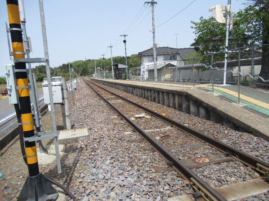 川辺沖駅は、福島県石川郡玉川村大字川辺にある、JR東日本水郡線の駅。