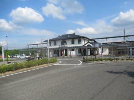 保原駅は、福島県伊達市保原町字東野崎にある、阿武隈急行線の駅。