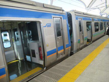 仙台空港アクセス線で仙台駅から仙台空港駅に移動です。