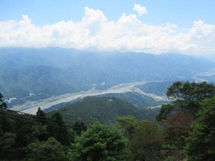 身延山ロープウェイ奥之院駅からの眺望。