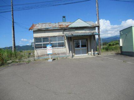 札比内駅は、北海道樺戸郡月形町にあった、JR北海道札沼線の駅(廃駅)。