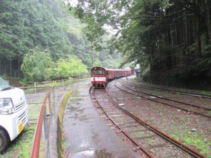 井川駅は、静岡県静岡市葵区井川にある、大井川鐵道井川線の駅。