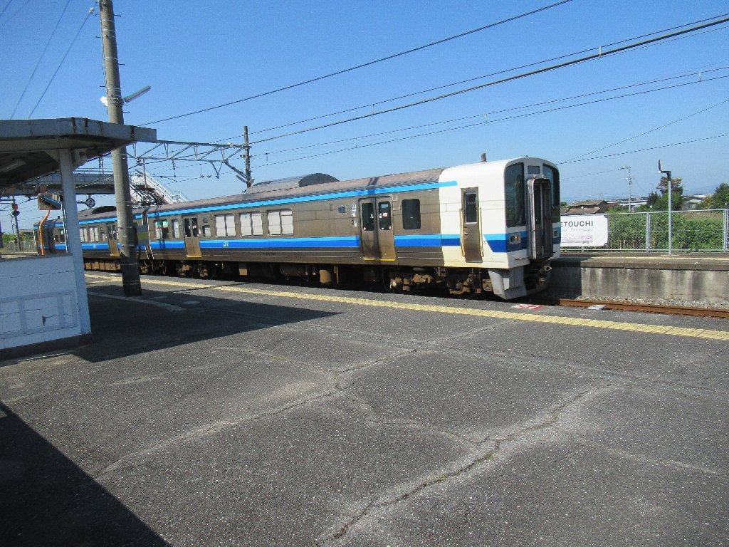 迫川駅は、岡山県岡山市南区迫川にある、JR西日本宇野線の駅。