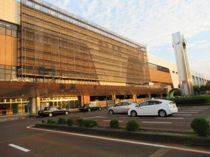 燕三条駅は、新潟県三条市下須頃にある、JR東日本の駅。