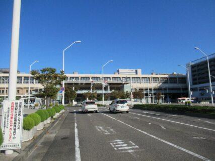 新潟駅は、新潟県新潟市中央区花園1丁目にある、JR東日本の駅。