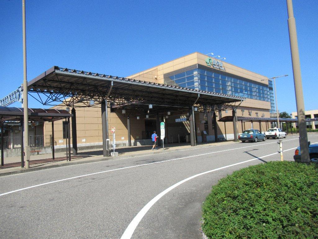 豊栄駅は、新潟市北区白新町一丁目にある、JR東日本白新線の駅。