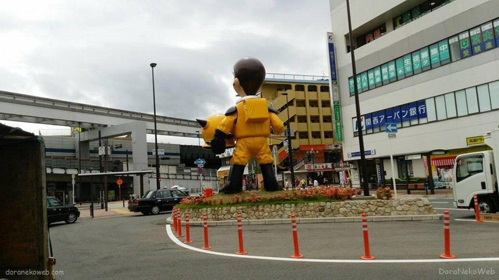 なんだこりゃーと南茨木駅に戻るっ