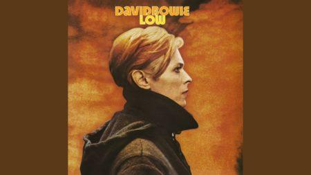 Always Crashing in the Same Car – David Bowie