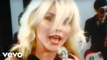 Blondie – Hanging On The Telephone