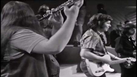 Canned Heat – Goin' Up The Country