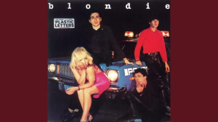 Blondie – Contact In Red Square